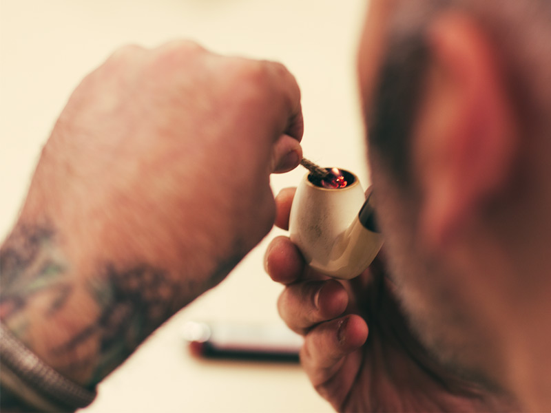 8 Advanced Pipe Smoking Techniques Have You Learned Everything