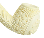 meerschaum bowl with intricate carving